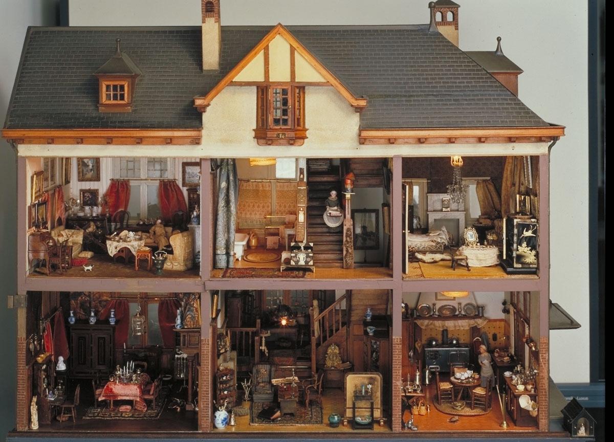 restauratie nijhoff asser poppenhuis van lita de ranitz